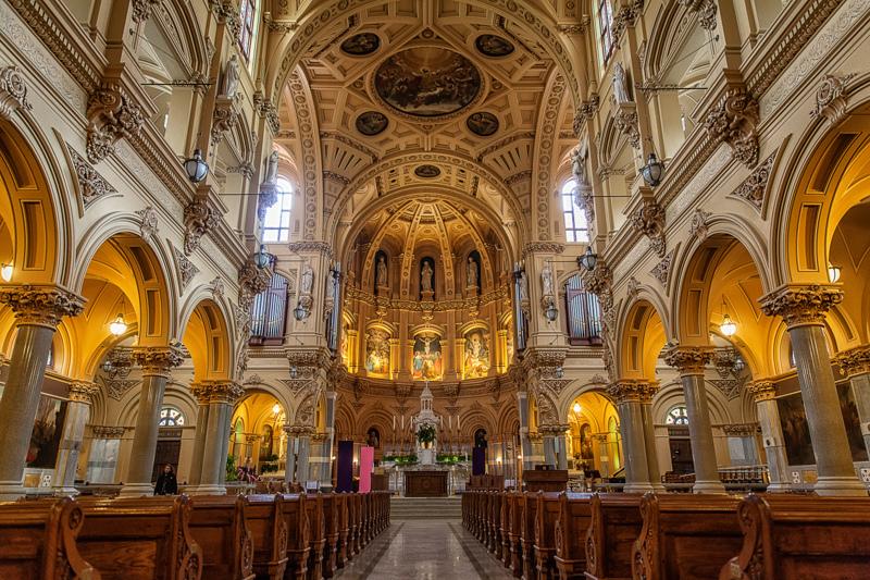 Hamis hit, üres vallásosság